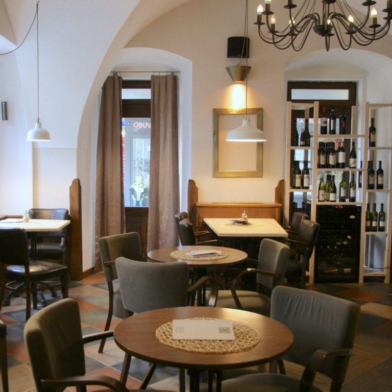 Café-Bar-Gallery